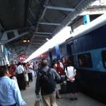 【44歳中年サラリーマン、初めてのインドひとり旅】2日目夜:ニューデリー駅から夜行列車に乗る