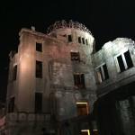 2015年8月6日 原爆の日の夜の平和公園にて
